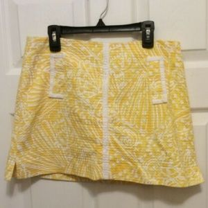 Lilly Pulitzer Skirt 4 Yellow White Floral Texture